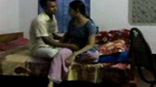 Tenant bhabhi fucked by her house owner to pay his debt