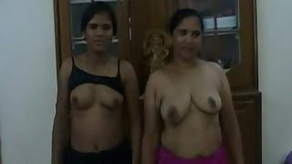 amateur Indian exposing her boobs before engaged in group sex