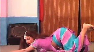 Sexy punjaban tawaif dancing on stage