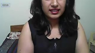Chubby Indian babe in black and red lingerie on webcam