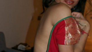 kavya changing her cholie caught on hidden cam
