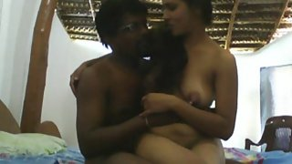 Indian couple on live sex cams getting naughty