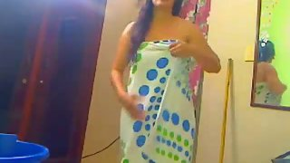 punjabi wife taking shower self recorded video leaked