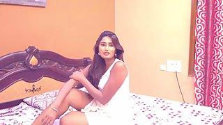Telugu Hot Babe Swati Naidu