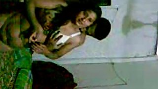 Punjabi bhabhi with her man in bedroom fucked and seduced