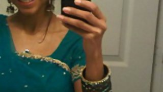 juicy Indian girl self shoot pictures