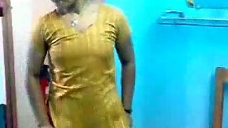 Dhaka bhabhi changing in front of her cousin friend
